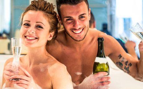 Romantický balíček s lázní, saunou a sektem
