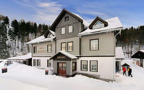 Ubytování v hotelu Hradec s neomezeným vstupem do welness ve Špindlerově Mlýně.