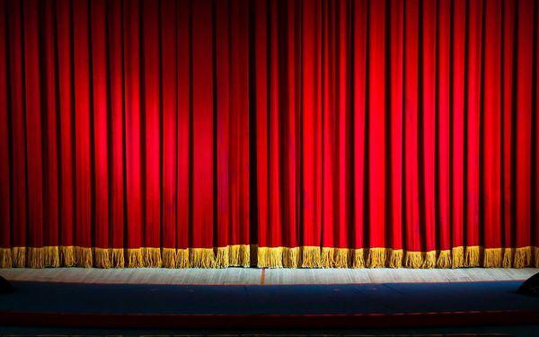 Vstupenky na rok 2018 do Divadelního studia ''V''