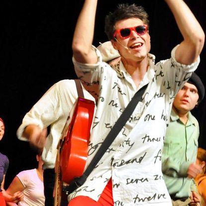 Vstupenka na představení Šakalí léta