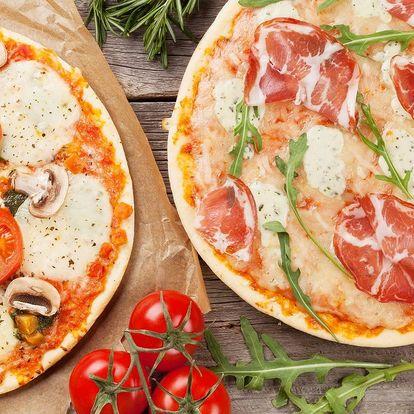 Italská specialitka: 2 čerstvé pizzy dle výběru