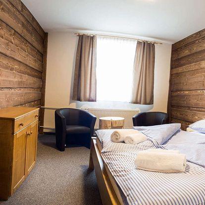 Hotel Kristian: lyžování na Šumavě s tradiční polopenzí a bazénem