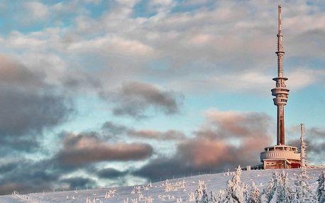 Zimní pobyt pod Pradědem: 3 dny v malebných Jeseníkách pro dva