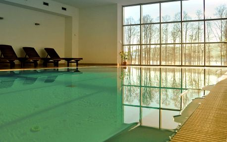 Hotel Orsino**** na břehu Lipna s polopenzí a wellness, platnost do listopadu 2018