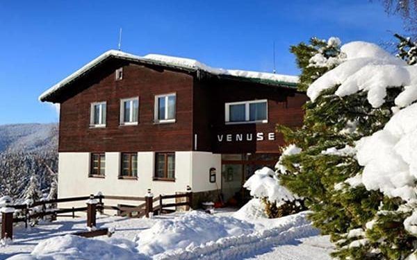 Relaxační pobyt pro dva s polopenzí v horském hotelu Venuše s polopenzí, welcome drink, káva.
