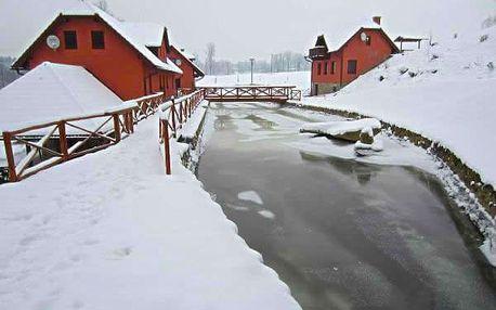 Zimní dovolená pro dva v penzionu Dočkalův mlýn, snídaně, večeře, zapůjčení saní, bobů.