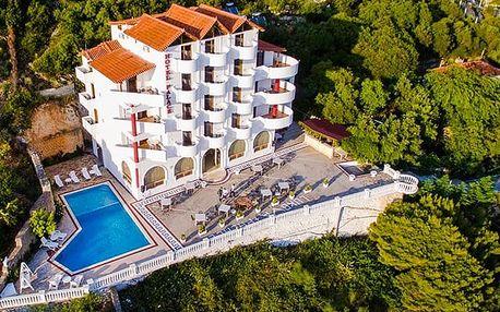 Hotel Palace Lukova****, Neobyčejná luxusní dovolená na neobyčejném místě v Albánii