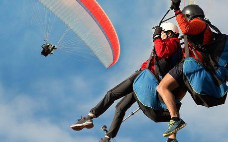 Vyhlídkový let v kluzáku s akrobatickými prvky