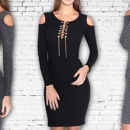 Svetrové přiléhavé šaty s řetízkem