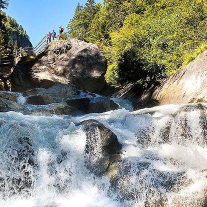 Den u vodopádů v národním parku Vysoké Taury