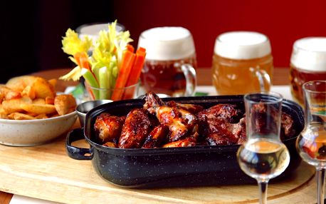 Pekáč žeber a křídel včetně ochutnávky piva