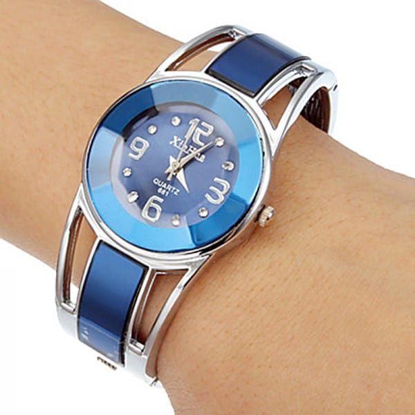 Dámské hodinky - náramkové