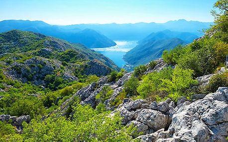 Hotel Azzuro****, Letní relax přímo na pláži u Jadranu v Černé Hoře