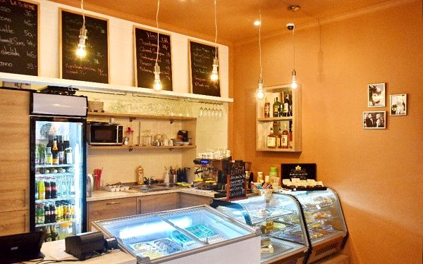 Angelo Cafe & Sweetshop
