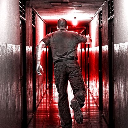 Napínavá únikovka: Vrahovo doupě pro 2-4 hráče