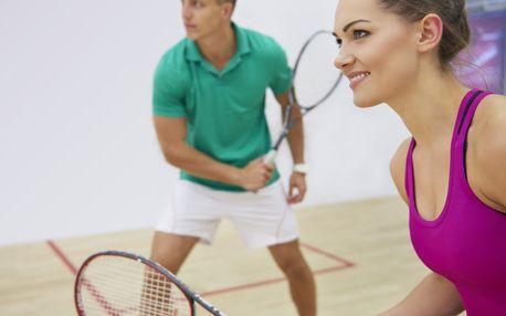 Hodina squashe v centru Třešňovka pro 2-4 osoby