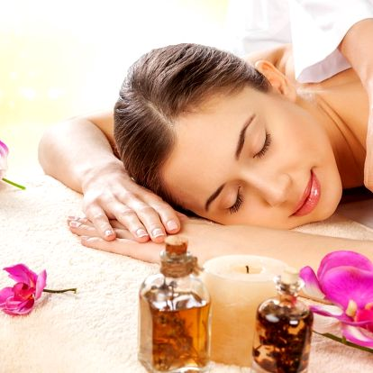60minutová rozmazlovací masáž + voňavý dárek