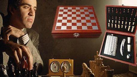 Dárková kazeta - šachový stůl s plácačkou a příslušenstvím