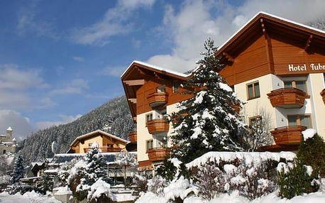 Hotel Tubris****, 4* hotel s polopenzí a wellness v typickém tyrolském stylu