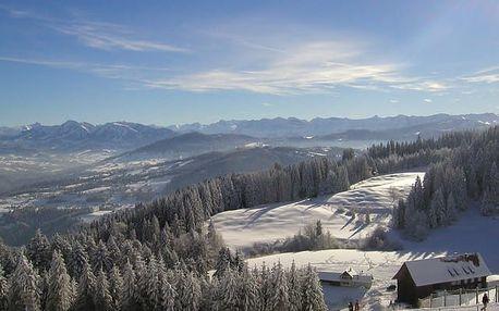 Hotel Weißes Kreuz****, Zimní pohádka v romantickém Feldkirchu nedaleko sjezdovek
