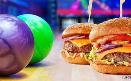 Zábava, co má koule: bowling a hamburgery k tomu