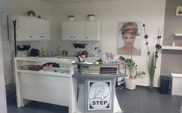 Společenský účes ve studiu Step v centru Prahy