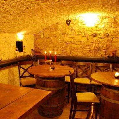 Degustace rumů a doutníku spojená s kurzem v Holešovicích