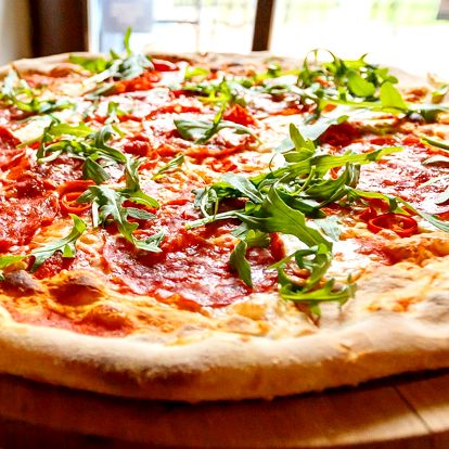 Libovolná pizza v restauraci Al Mulino