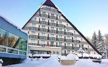 Vysočina Arena na dohled: pobyt v hotelu SKI u Nového Města na Moravě s polopenzí, wellness i fitness