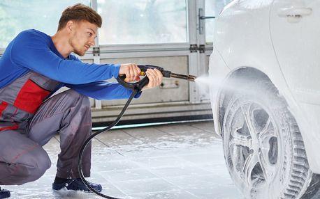 Mytí vozidla aktivní pěnou a další procedury