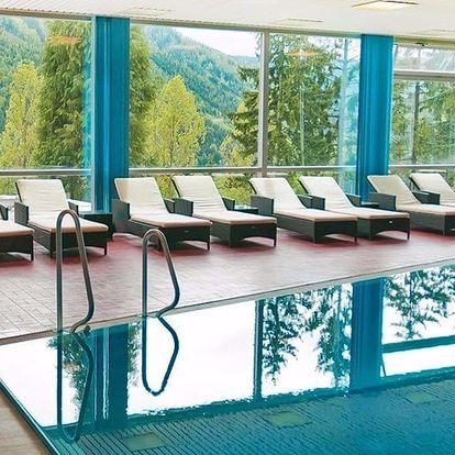 Rakouské Alpy s neomezeným bazénem i polopenzí