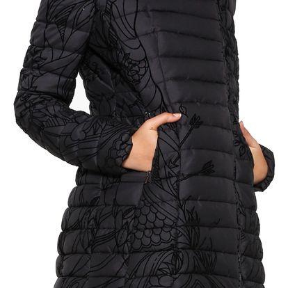 Desigual černá dámská zimní bunda Osamim