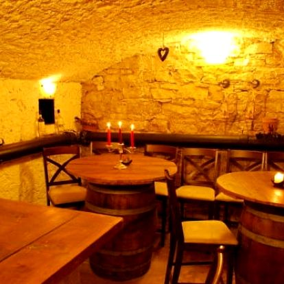 Degustace rumů spojená s kurzem v Holešovicích