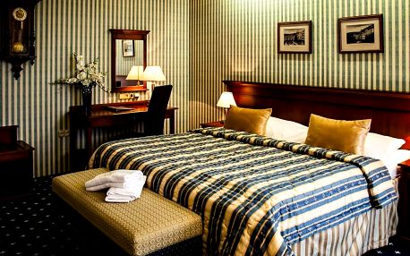 Golf Hotel Morris**** v Mariánských lázních pro 2, s polopenzí a procedurami