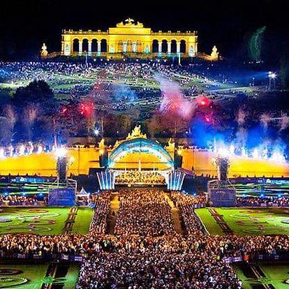 Celodenní zájezd pro 1 na noční koncert Vídeňské filharmonie v Schönbrunnu ve Vídni