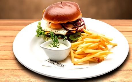 Burger menu pro 1 nebo 2 v turnovském Plauditu
