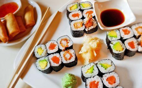 Asijský set s sebou: sushi a minizávitky