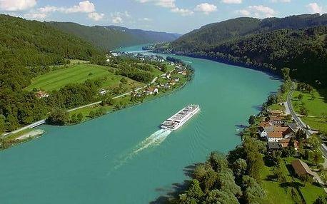 Výlet rakouským údolím Wachau s možností plavby po Dunaji