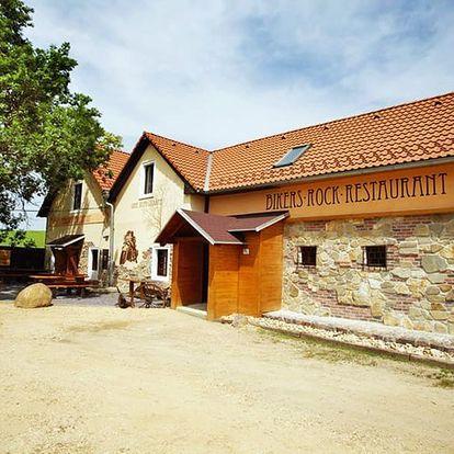 Jižní Morava v penzionu nedaleko Znojma a NP Podyjí s neomezenou konzumací vína a polopenzí