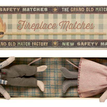 Maileg Vánoční myška a myšák v krabičce Mum&Dad, červená barva, béžová barva, hnědá barva, papír, textil
