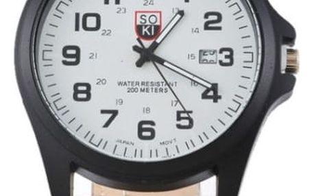 Náramkové hodinky v jednoduchém stylu