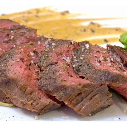 Dva 200g steaky chuck tender z mladého býčka