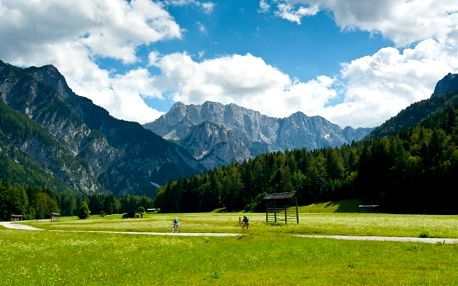 Slovinsko, cyklistický zájezd Na kole Triglavským národním parkem, Julské Alpy, Slovinsko, autobusem, polopenze