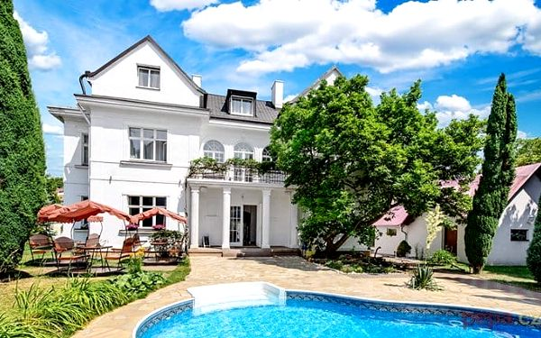 2–6denní pobyt pro 2 osoby se snídaněmi či polopenzí v hotelu Marie-Luisa*** v Praze