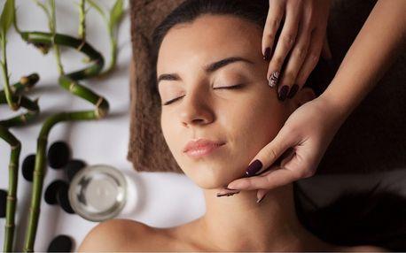 Relaxační ošetření obličeje a těla vonnými esencemi