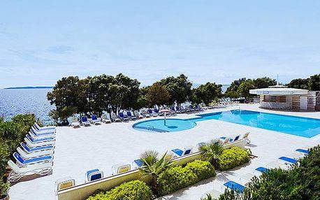 Luna Island Hotel****, 4* pobyt u moře s polopenzí a wellness na ostrově Pag