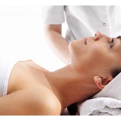 Čištění pleti ultrazvukovou špachtlí s masáží