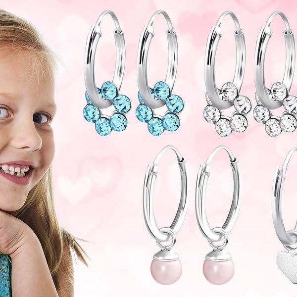 Dětské stříbrné náušnice s kytičkami, umělými perlami nebo srdíčky