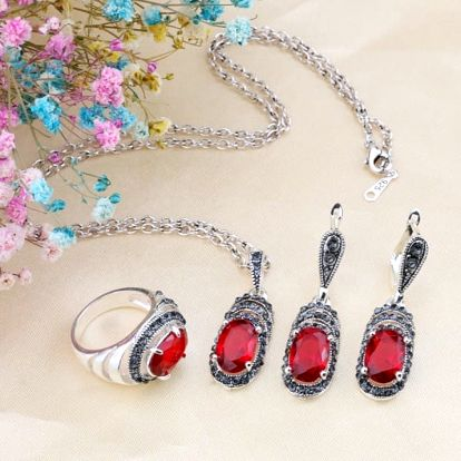 Souprava dámských šperků s barevnými kameny - červená, zelená