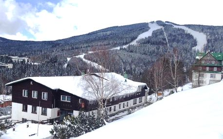 Zima ve Špindlerově Mlýně pro dva + polopenze, neomezená sauna